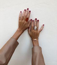 on my mind - Nageldesign - Nail Art - Nagellack - Nail Polish - Nailart - Nails - schmuck Red Nail Polish, Red Nails, Hair And Nails, Pink Nail, Pastel Nails, Bling Nails, Diy Schmuck, Schmuck Design, Mode Inspiration