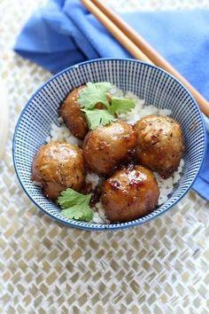Boulettes Thaï végétaliennes (protéines de soja texturée, tamari, beurre de cacahuètes, sucre, gingembre, citronnelle)