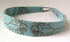 Jezze Prints: Flat pattern hair band with button/loop closure Sewing Hacks, Sewing Tutorials, Sewing Crafts, Sewing Patterns, Sewing Projects, Hairband, Diy Headband, Headband Tutorial, Headband Pattern