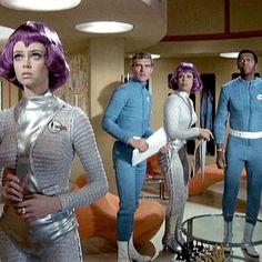 UFO - A British sci-fi series 1970 - Ретрофутуризм. Wanda Ventham, Ufo Tv Series, Sci Fi Series, Hulk Movie, Movie Tv, Drake, Sci Fi Tv Shows, Tv Themes, Bionic Woman