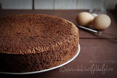 Countertop cake with cocoa Seafood Recipes, My Recipes, Indian Food Recipes, Sweet Recipes, Cooking Recipes, Favorite Recipes, Ethnic Recipes, Russian Desserts, Square Cakes