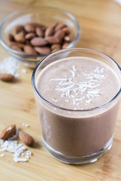 Chocolate, almonds & coconut come together in this deliciously healthy breakfast shake. Plus - it's dairy free, sugar free, gluten free & vegan.