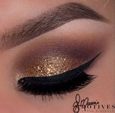Maquillaje de noche con glitter dorado paso a paso ~ cositasconmesh