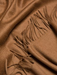 """Kaschmirplaid """"Begg & Co Arran Vicuna"""", 147 x 183 cm von Begg x Co Natural Accessories, Mens Cashmere Scarf, Arran, Hard Wear, Signature Style, Pure Products, Aesthetic Wallpapers, Aesthetics, Plaid"""