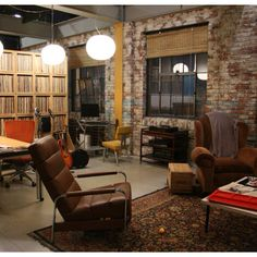 Humphrey Loft Gossip Girl - love this style of room but would use different colors