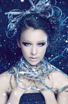Make up : D.Y (Derek Yuan) - Hair Style : Daniel Wong - Model : Chanel Huong Thuy - Photographer : Quang Khue