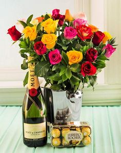 Mixed Roses, Moet & Ferrero Hamper This luxury Champagne hamper contains; Moet and Chandon Champagne, a mixed bouquet of fresh roses. Ferrero Rocher Luxury Italian truffles In a stainless Steel Reusable Ice Bucket. Order Flowers, Flowers For You, Italian Truffles, Anniversary Flowers, Hand Bouquet, Alice, Moet Chandon, Ferrero, Hamper
