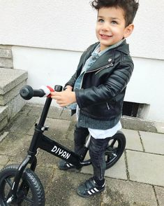 Stylish Clothes For Teenage Guys Baby Outfits, Outfits Niños, Little Boy Outfits, Toddler Outfits, Kids Outfits, Little Kid Fashion, Cute Kids Fashion, Baby Girl Fashion, Toddler Fashion