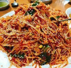 해물찜 소스 레시피1.기본다데기 물1500g 해찬들태양고추장830g 고운분400g 굵은분200g 청양분5g 물엿500g ... Asian Recipes, Real Food Recipes, Cooking Recipes, Yummy Food, Healthy Recipes, Ethnic Recipes, Asian Foods, Sauce Recipes, Korean Dishes