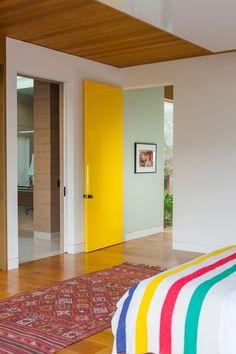 Yellow Door.  Toro Canyon House  / Bestor Architecture