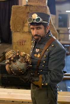 Robur the Conqueror Cosplay (jules verne character from the novels: The Clipper of the Clouds & The Master of the World) Men's Steampunk Cosplay ideas) - For costume tutorials, clothing guide, fashion inspiration photo gallery, calendar of Steampunk events, & more, visit SteampunkFashionGuide.com