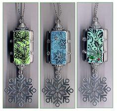 Dominoes ornament. No tutorial, but great idea.