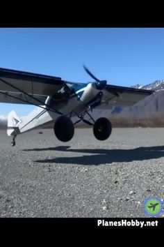 Ultralight Plane, Flying Vehicles, Speed Of Sound, United Airlines, Airplanes, Alaska, Cool Things To Buy, Transportation, Aviation