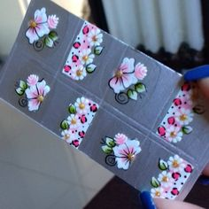 Mini One, Arte Floral, Nail Designs, Lily, Nail Stencils, Nail Stickers, Nail Art Tutorials, Adhesive, Painted Flowers