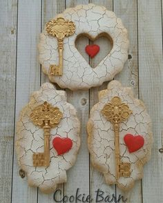 You Hold The Key To My Heart Anniversary Cookies #50thanniversary #heartcookies #key #anniversarycookies #customcookies #decoratedcookies #edibleart #cookiegifts #cookieartist #decoratedcookies #edible #forsale #gourmetcookies #handdecoratedcookies #instacookies #cookiebarn6 #tucsonaz #key #love #partyplanning #eventplanning #royalicingcookies #sugarcookies