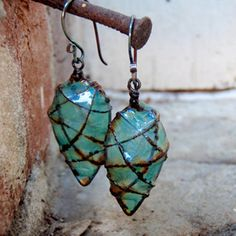 Teal Faerie Pod Earrings made from wire and by melissamanley