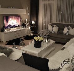 Classy living rooms interior designs classy living rooms room decor classy living room design ideas home . Cozy Living Rooms, Apartment Living, Home And Living, Living Spaces, Small Living, Studio Apartment, Cozy Apartment, Apartment Ideas, Living Area