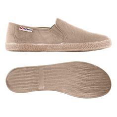 €49,00 - 2191-COTUSTONEWASH - Slip on model with upper in stone washed cotton, rubber foxing covered with juta and outsole in natural rubber... Only at #Superga