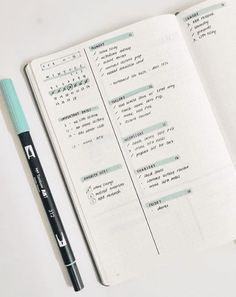 Quick and efficient Minimalist bullet journal weekly spread ideas for people who don't have the time or desire to mess around. A great way to increase daily productivity and organization! I love… Bullet Journal Inspo, Bullet Journal Design, Bullet Journal Agenda, Bullet Journal First Page, Minimalist Bullet Journal, Bullet Journal Aesthetic, Bullet Journal Writing, Bullet Journal School, Bullet Journal Ideas Pages