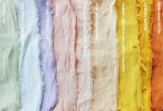 Natural dye with plants . beets, onion skins, cabbage, turmeric, chlorophyll Source by leopardskin Shibori, Fabric Painting, Fabric Art, Fabric Crafts, Do It Yourself Inspiration, Color Inspiration, Tinta Natural, Natural Dye Fabric, Natural Dyeing