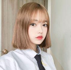 국내 SNS 스타 얼짱 페북여신 인스타그램 사진 모델 화보 움짤 트위터 고화질 Ulzzang Short Hair, Korean Short Hair, Ulzzang Korean Girl, Cute Asian Girls, Beautiful Asian Girls, Girl Haircuts, Girl Hairstyles, Ulzzang Makeup, Uzzlang Girl
