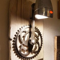 Gazelle wall lamp with LED technology-Gazelle Wandleuchte mit LED-Technik Gazelle wall lamp with LED technology - Bicycle Decor, Bicycle Art, Automotive Furniture, Diy Furniture, Recycled Bike Parts, Recycled Art Projects, Ideias Diy, Scrap Metal Art, Steampunk Lamp