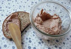 16 olcsó sós kence felvágott helyett   nosalty.hu Peanut Butter, Food And Drink, Sugar, Healthy Recipes, Meals, Cooking, Breakfast, Desserts, Diet