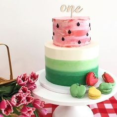 It's the freakin' weekend! Time to get our (fruit) partay on. This ADORABLE watermelon cake, and macaron to match, have us hoping our… Watermelon Birthday Parties, First Birthday Parties, First Birthdays, Watermelon Party Decorations, Birthday Ideas, Bolo Cake, One In A Melon, First Birthday Cakes, Baby Girl Birthday Cake