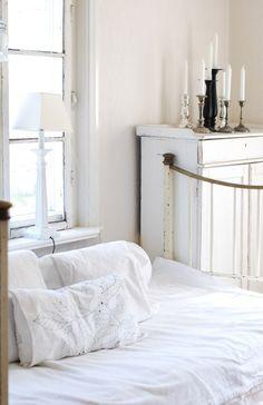 bedroom, calmness, white