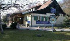 Fangemeinde Wienerwald FGWW.org Cabin, House Styles, Outdoor Decor, Home Decor, Fandom, Decoration Home, Room Decor, Cabins, Cottage