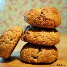 Pepi's  kitchen: Μπισκότα με ταχίνι, μέλι και πραλίνα φουντουκιού