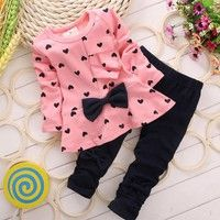 Specifications: Gender: Girl Clothing Length: Regular Sleeve Style: Regular Style: O