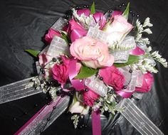 Corsages/Boutonnieres - WRC32 | Fowler's Florist & Gifts