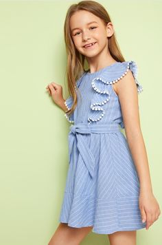 Frocks For Girls, Cute Girl Outfits, Girls Party Dress, Little Girl Dresses, Dresses For Teens, Kids Outfits, Girls Dresses, Girls Fashion Clothes, Little Girl Fashion