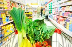 With a little bit of planning and budgeting, you can slash your grocery budget and save money. Here's how: