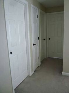 Corinthian Stanford internal doors with black handles and hinges - for upstairs