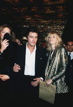 Mireille Darc et Alain Delon ARCHIVES