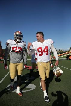 49ers Photo Collections: Rare Player Images  JUSTIN SMITH final season.