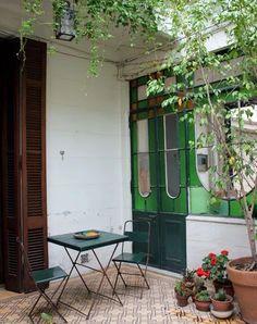 simple yet inviting Patio Interior, Interior And Exterior, Outdoor Spaces, Outdoor Living, Outdoor Decor, Estilo Colonial, Deco Boheme, Pergola With Roof, Pergola Plans