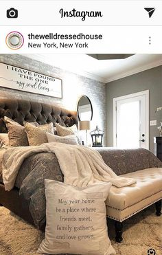 Master Bedroom Makeover Strategies Bedroom design thoughts can be an inspiration to make you redo your bedroom superbly. Cozy Bedroom, Dream Bedroom, Home Decor Bedroom, Bedroom Furniture, Bedroom Ideas, Master Room, Master Bedroom Makeover, Casa Disney, Cute Dorm Rooms