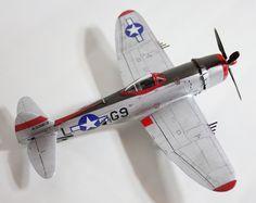 Republic P-47D-30-RA Thunderbolt of 509th Fighter Squadron, 405th Fighter Group, Capt. Milt Thompson, France 1945, 1/72, Revell