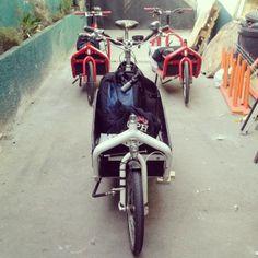 .@renato_sv | Bullitt attack @bicimensajeros #bullitt #cargobike #bicilogistica @Pablo Valenzuela @M... | Webstagram Bike Messenger, Cargo Bike, Motorcycle, Vehicles, Motorcycles, Car, Motorbikes, Choppers, Vehicle