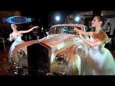 """Rolls Royce Chrystal Silver Cloud II mit 1 Mio Swarovski Kristallen zugunsten """"Help in Motion"""" Video http://www.ganz-muenchen.de/freizeitfitness/alle_veranstaltungen/2012/07/swarovksi_rolls_royce/info.html"""