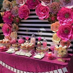 Ideias para decorar um chá de lingerie! Gostam? --------------------------------------------------- #noiva #casamento #wedding #decoracao #noivadoecia #inspiração #weddingidea #bride #brideshower #instablog #chadecozinha #chadelingerie #bridesmaids