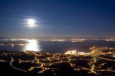 Vista nocturna desde el mirador de A Curota (A Pobra do Caramiñal, A Coruña, Galicia, Spain) ➤ 30 FOTOS (al final son muchas más) que harán que QUIERAS IR a ★ GALICIA ★