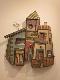 Ceramics - does anyone know who the artist is please?