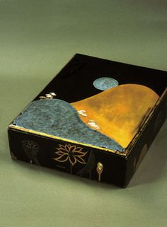 Lacquered Stationery Box with Design of Mountain and Moon, by Hon'ami Koetsu