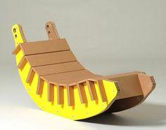 modele de chaise longue a faire soi meme, un meuble en carton sur lequel vous pouvez vous reposer