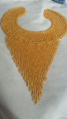 Collar mostacilla