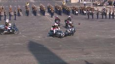 Police motorcyclists collide during Bastille Day parade - YouTube